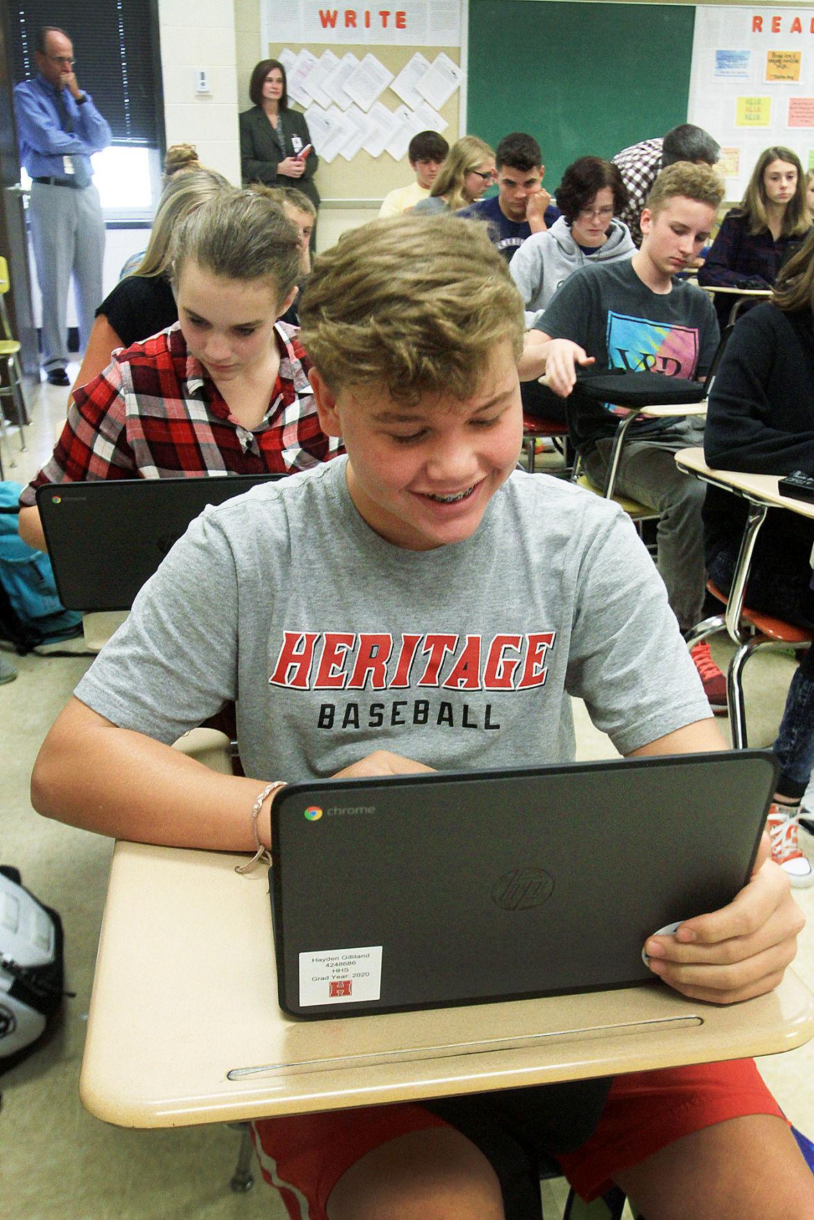 HHS freshmen receive Chromebooks