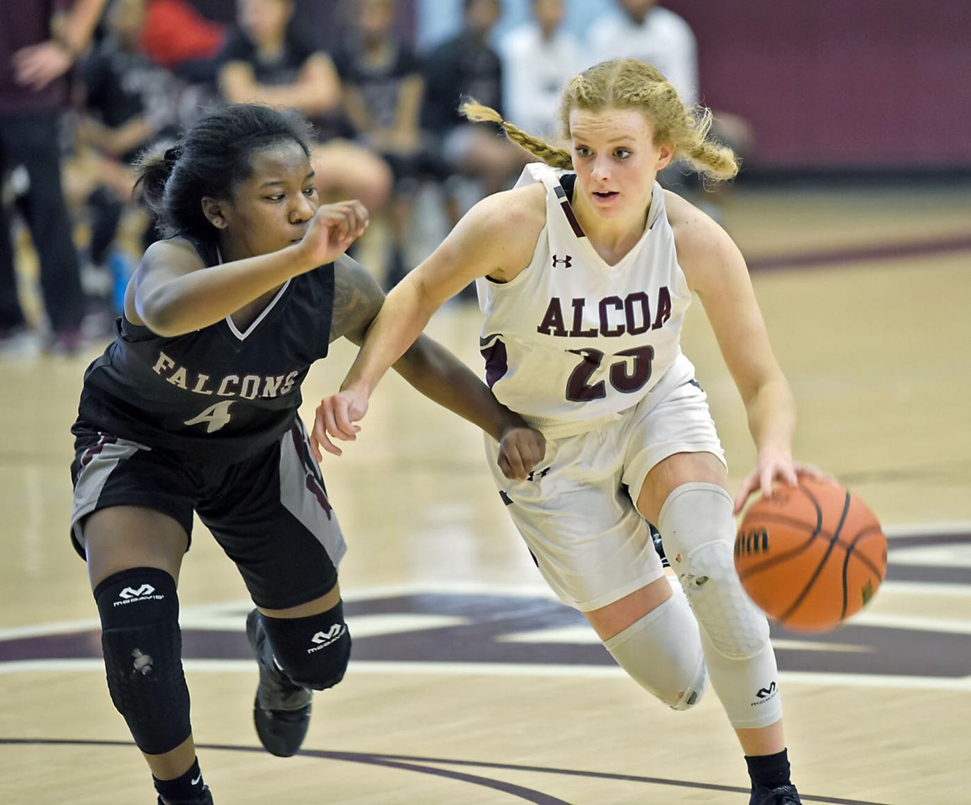 BASKETBALL: Alcoa's Karli Haworth vs Fulton