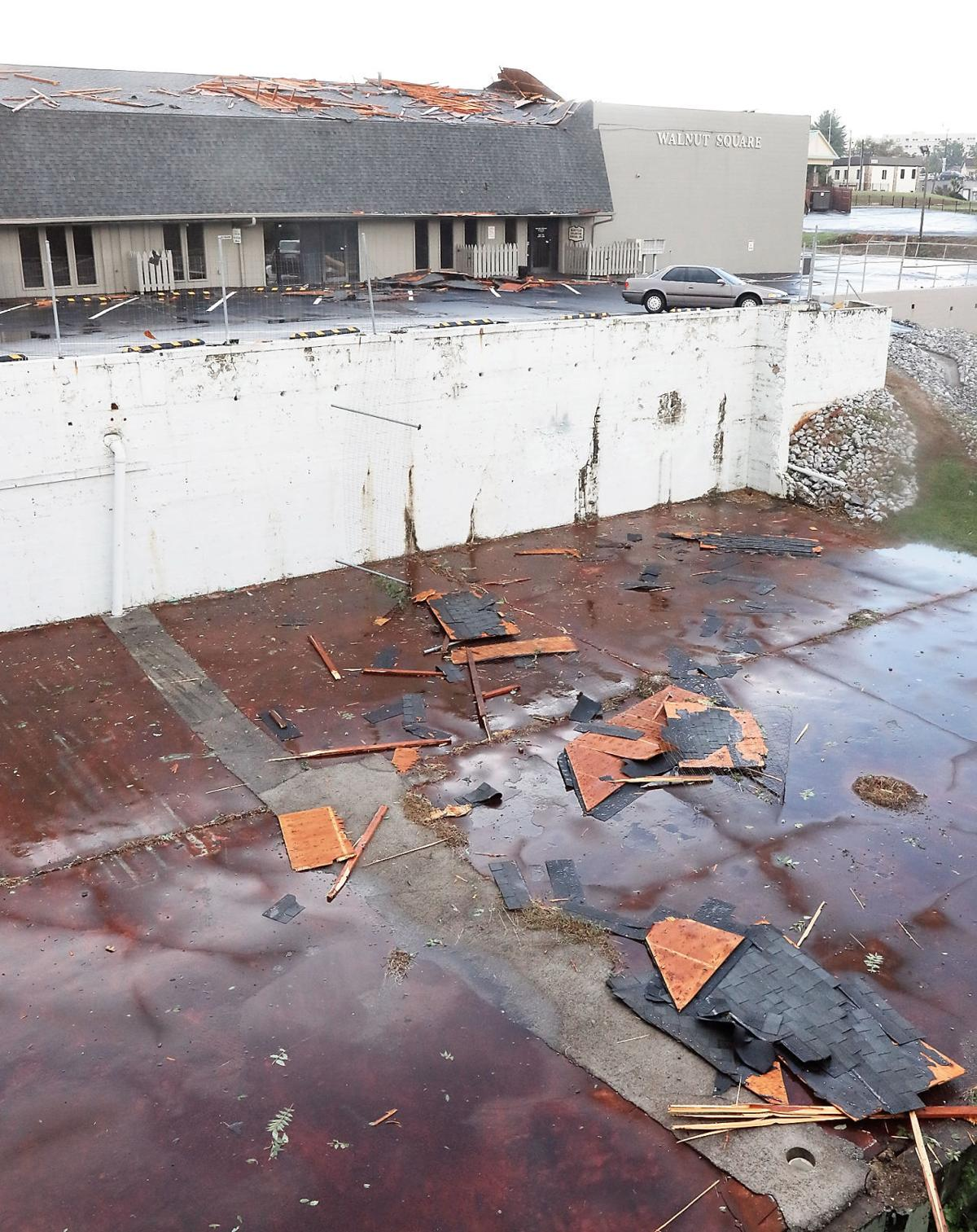 storm brings major damage to downtown maryville scattered power