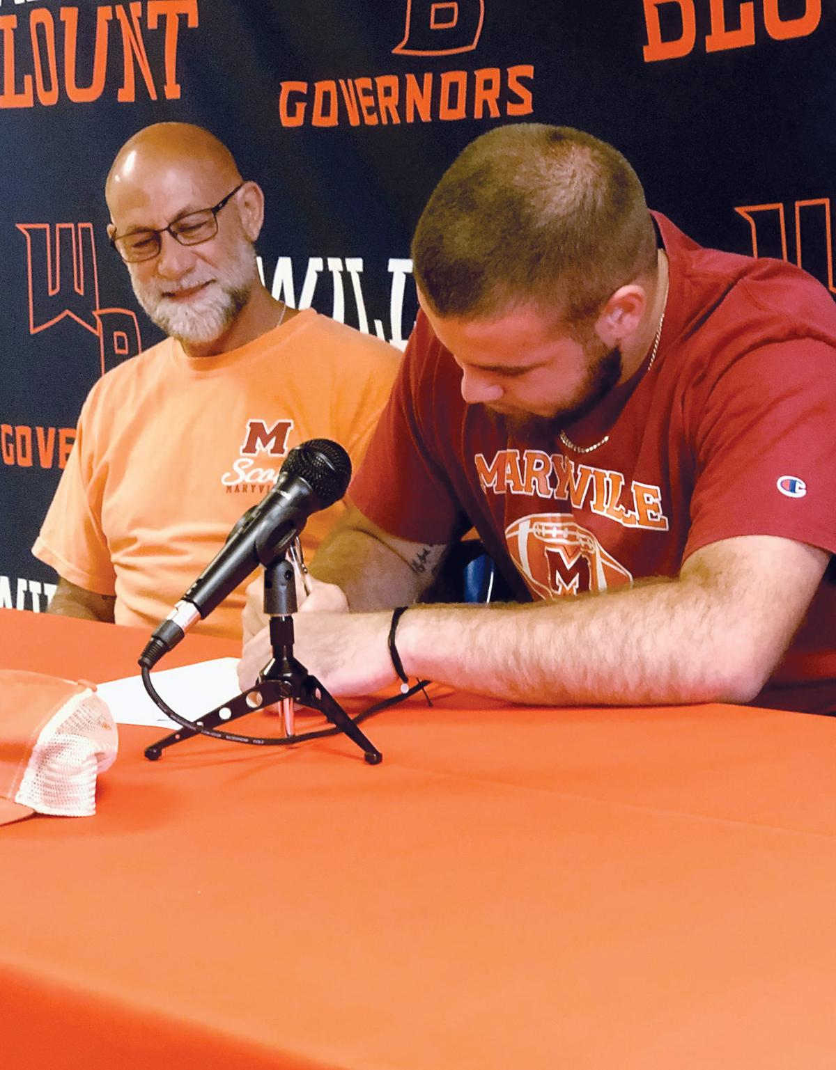 Evan Melhorn signing with Maryville College