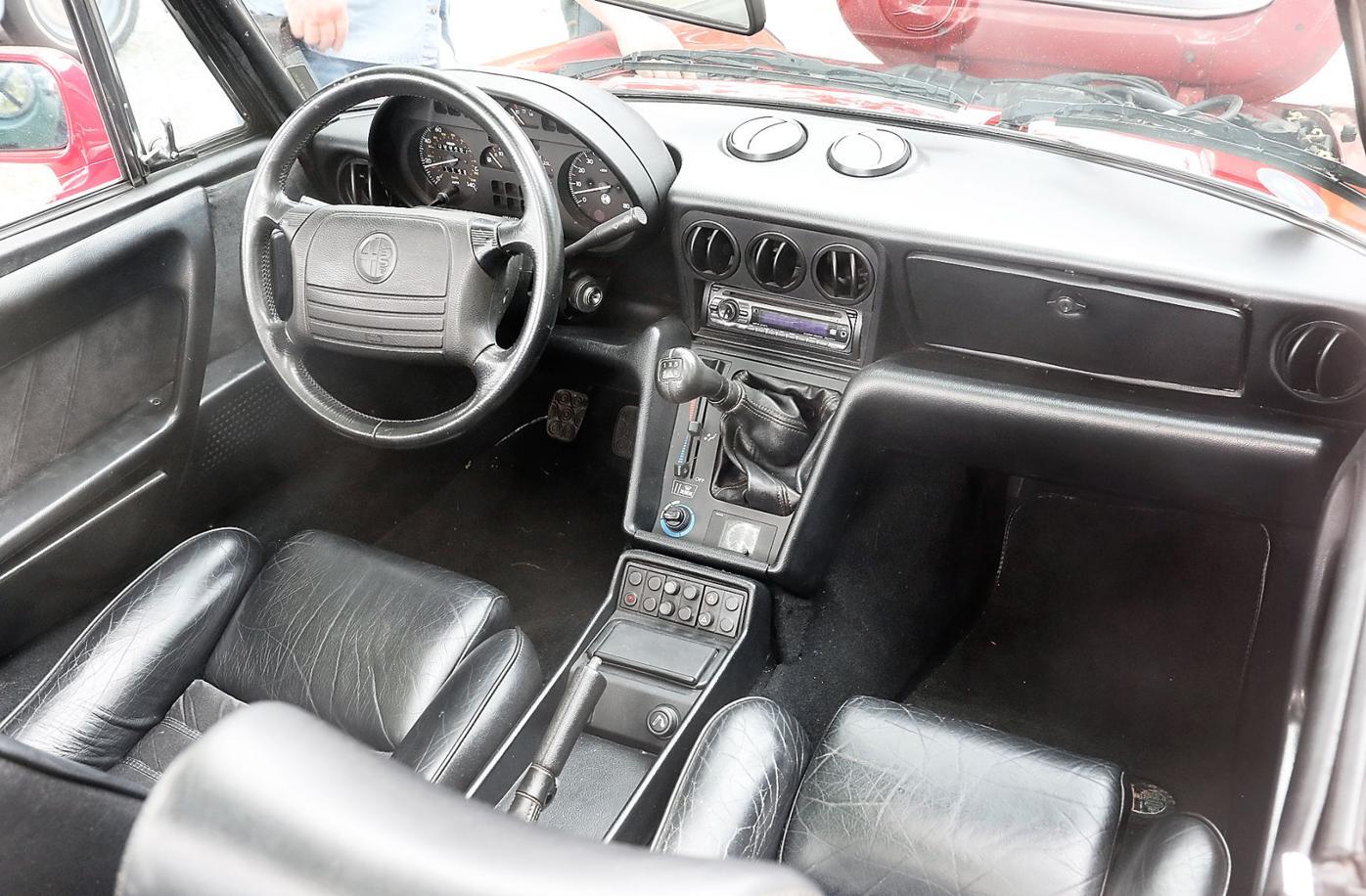 1993 Alpha Romeo Spider