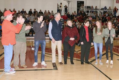 Maryville High School honors memory of Bill Driskill with plaque