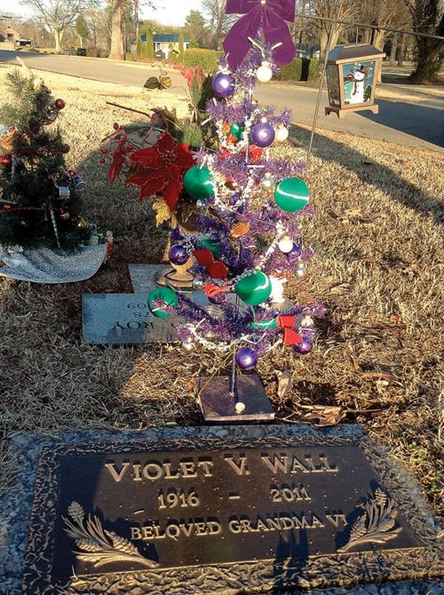 tree full of memories taken from cemetery maryville woman hopes for return community thedailytimescom