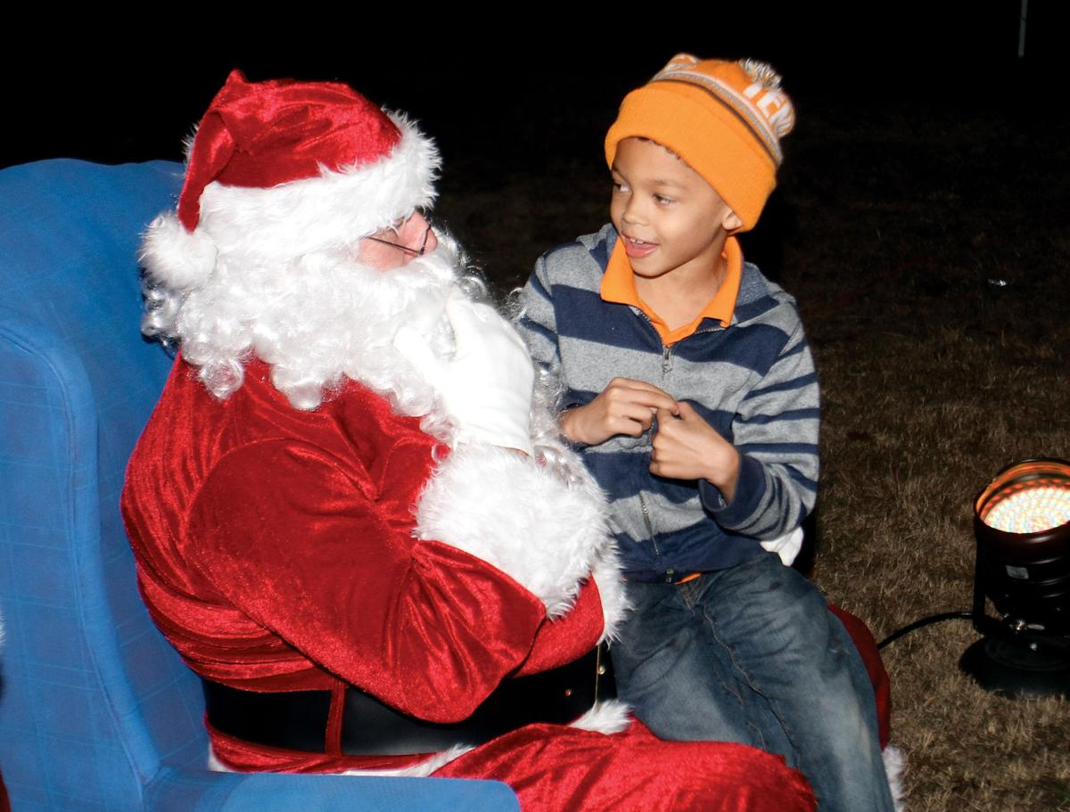 HOLIDAY HAPPENINGS: Area parades and other Christmas events abound ...