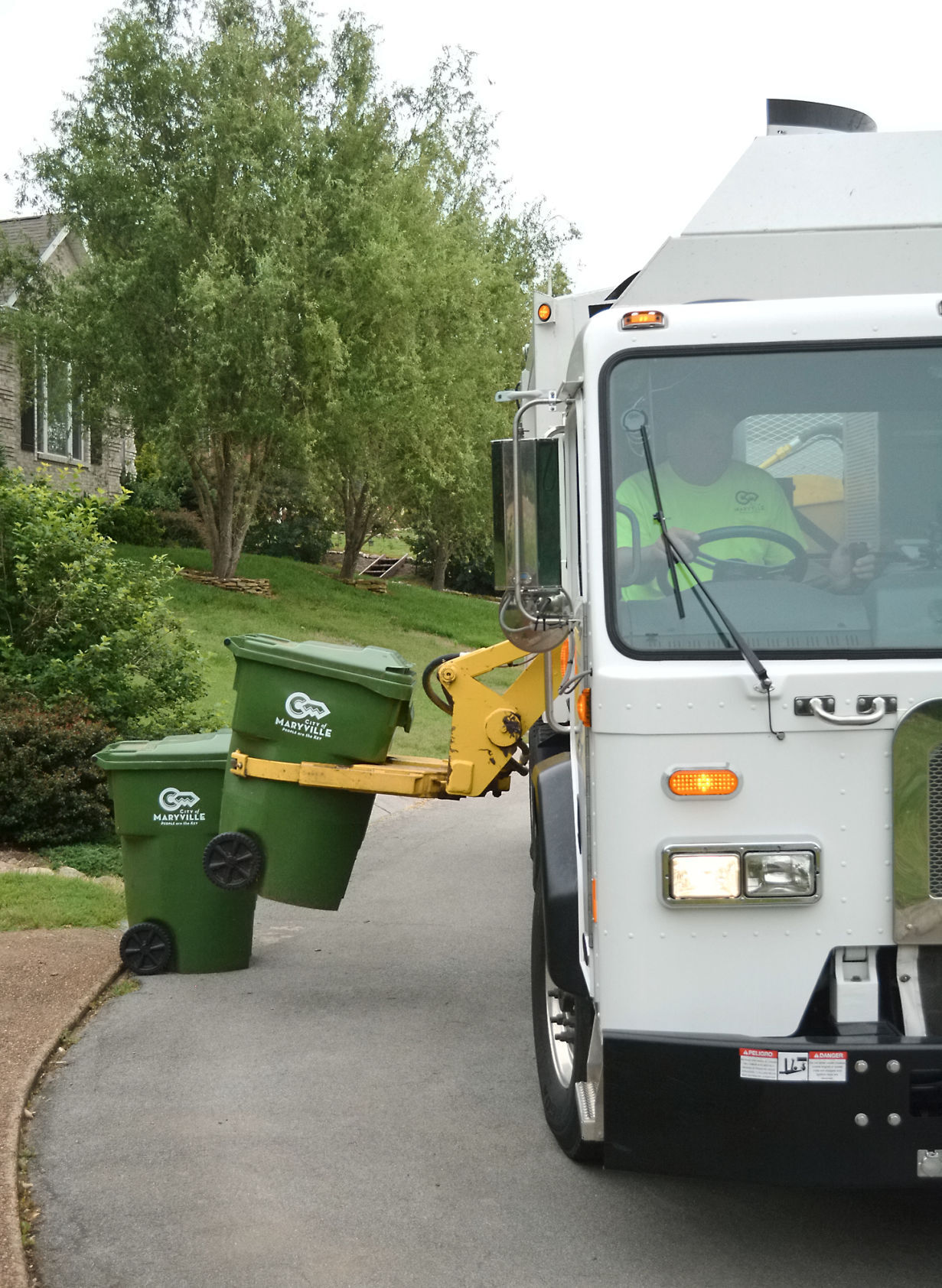 Maryville Waste Collection Truck