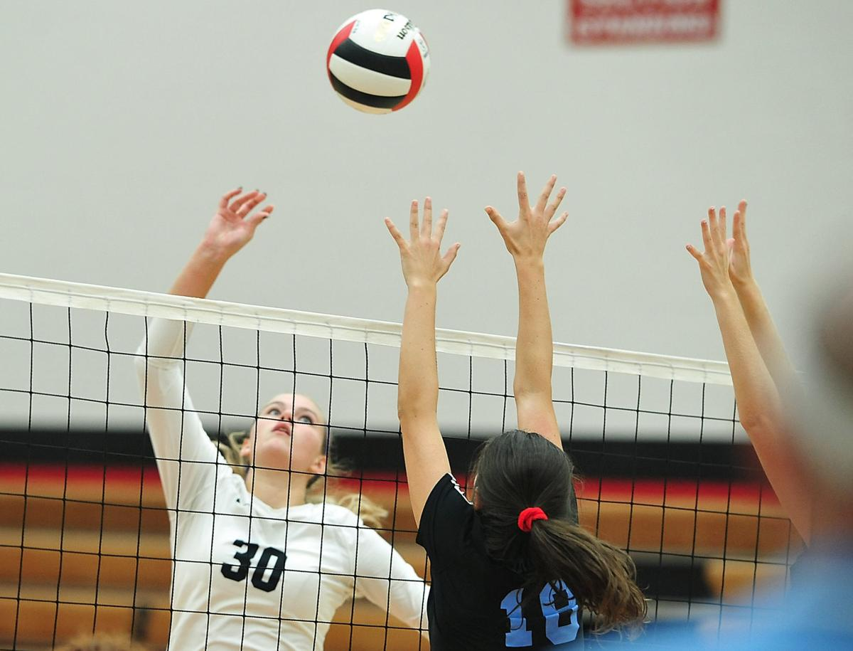 VOLLEYBALL: Maryville's Meg Mersman vs Heritage