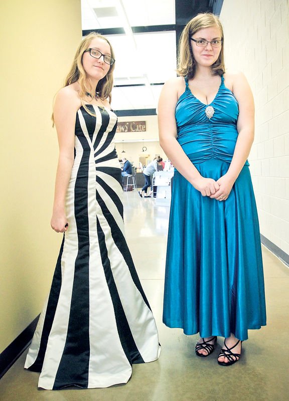 Local Ministry To Provide Free Prom Dresses Again This Year
