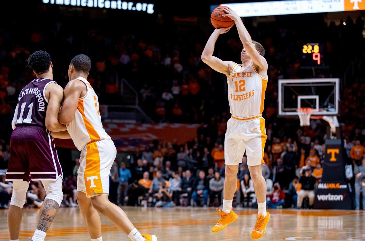 32f66405c19 Tennessee walk-ons Brad Woodson, Lucas Campbell let loose on Senior ...
