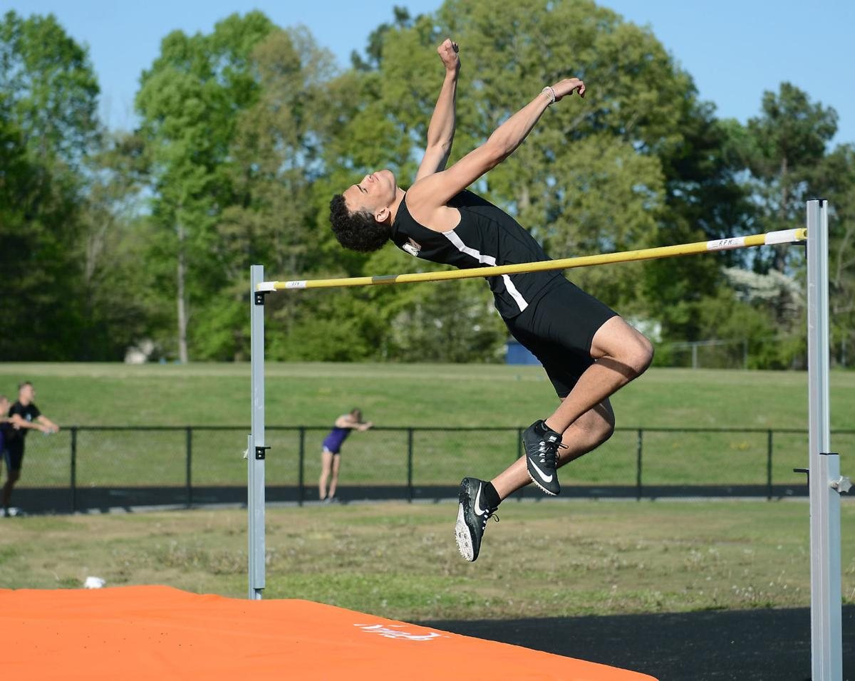 TRACK AND FIELD: Maryville's Byron Brown