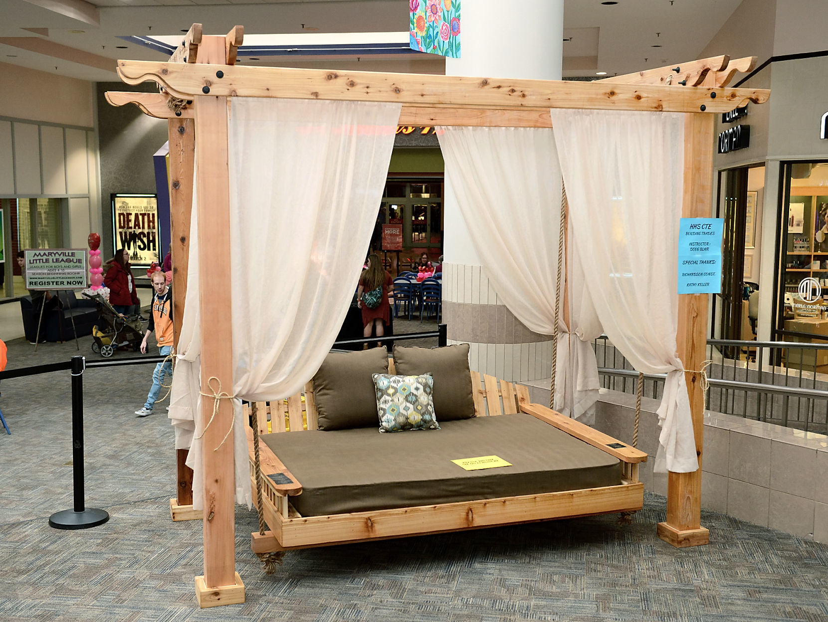 Heritage High Schoolu0027s bed swing for the