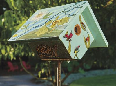 Birdhouse at UT Gardens