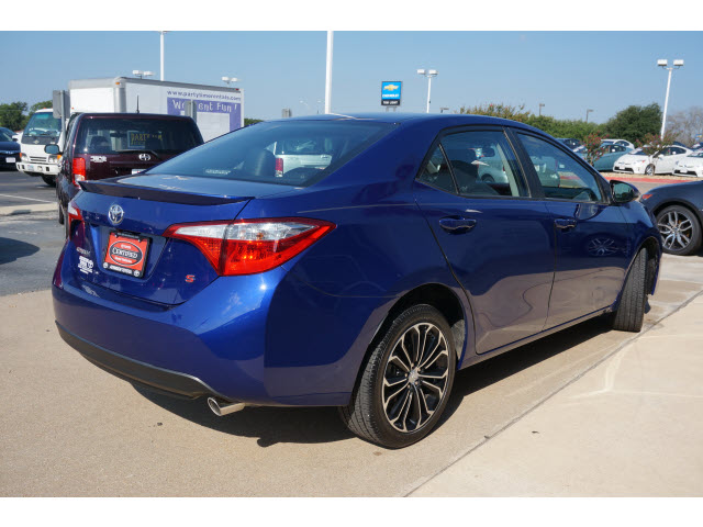 Driven: 2014 Toyota Corolla   Cool Material   Toyota Corolla 2014 Blue