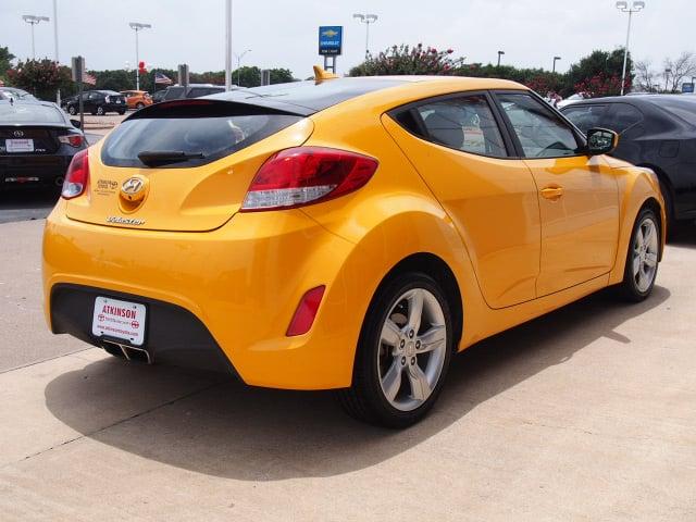 2014 26.2 Yellow Hyundai Veloster | Cars | theeagle.com