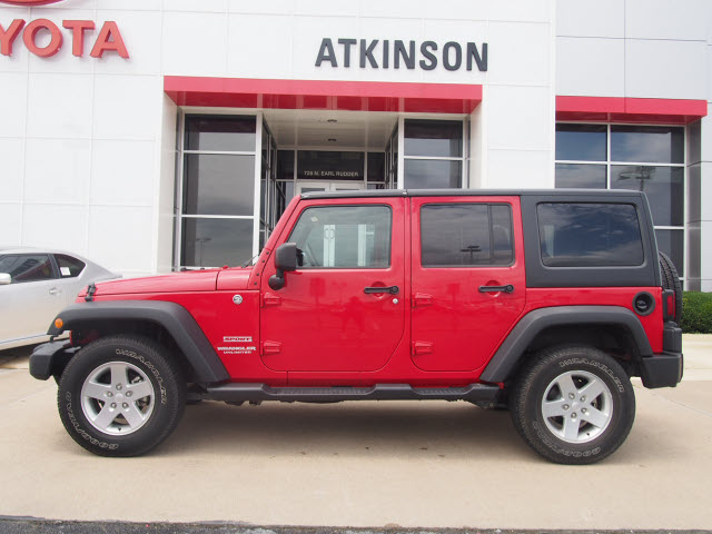 2012 Flame Red Clear Coat Jeep Wrangler Unlimited