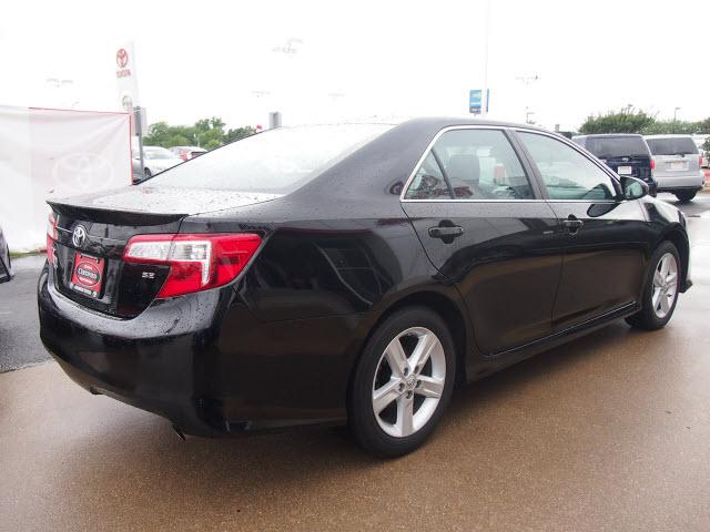 2014 Attitude Black Metallic Toyota Camry Sedans Theeagle Com