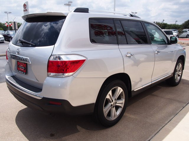 Atkinson Toyota Bryan >> 2012 Classic Silver Metallic Toyota Highlander - The Eagle ...