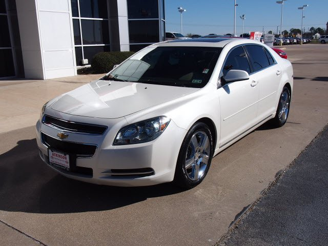 chevy malibu white - photo #46