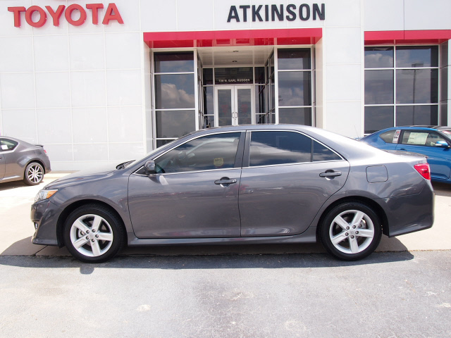2014 Cosmic Gray Mica Toyota Camry Sedans Theeagle Com