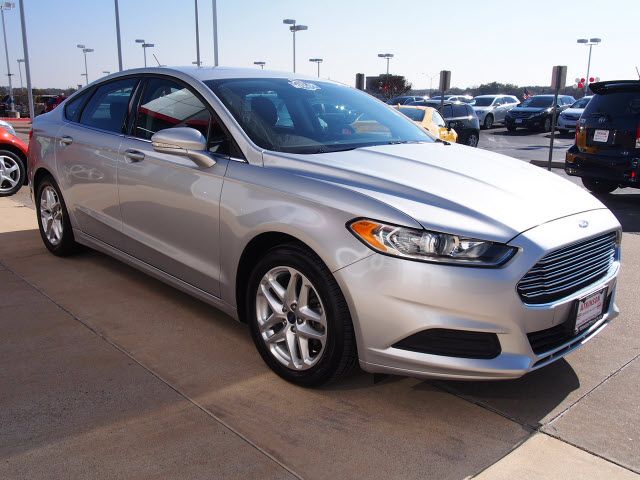 Cruise Control Should Not Be Used >> 2013 Ingot Silver Metallic Ford Fusion | Sedans | theeagle.com