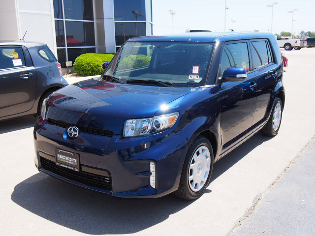 2013 nautical blue metallic scion xb station wagons. Black Bedroom Furniture Sets. Home Design Ideas