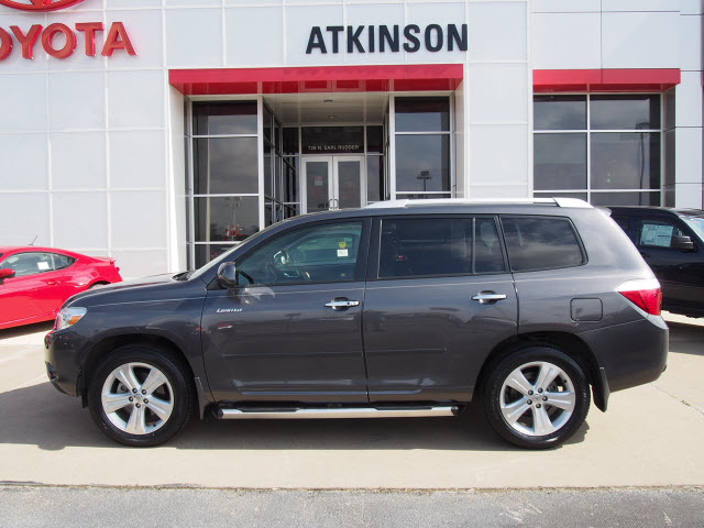 2008 Magnetic Grey Metallic Toyota Highlander Suvs