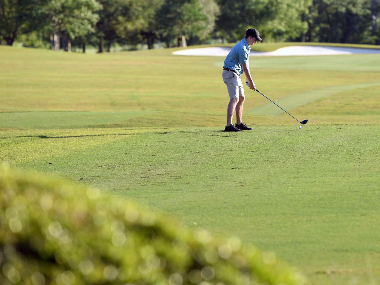 Most Local Golf Courses Still Open But Using Different Guidelines For Players City Course At Phillips Center To Open Soon For General Public Sports News Theeagle Com