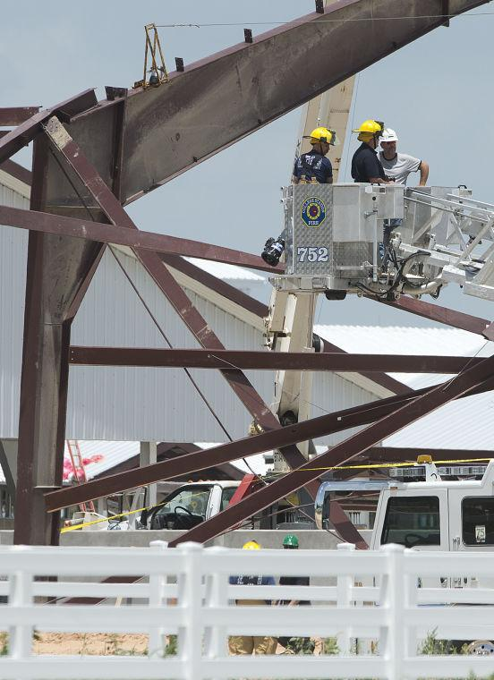 Texas A Amp M Equine Complex Building Collapse The Eagle News