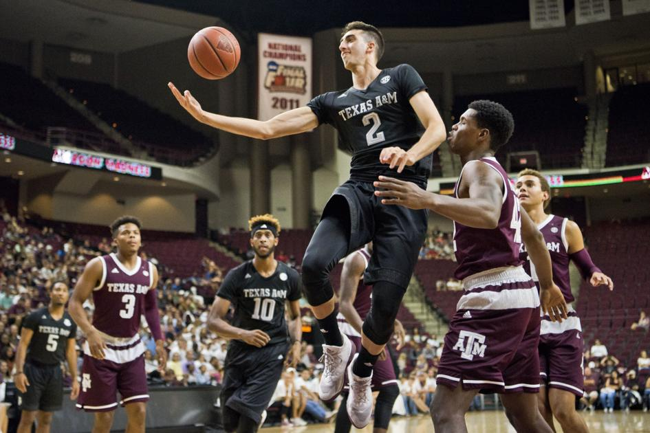 Texas A Amp M Basketball Teams Open Season With Maroon Madness