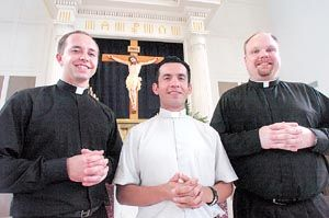 Three Texans to be ordained in College Station church