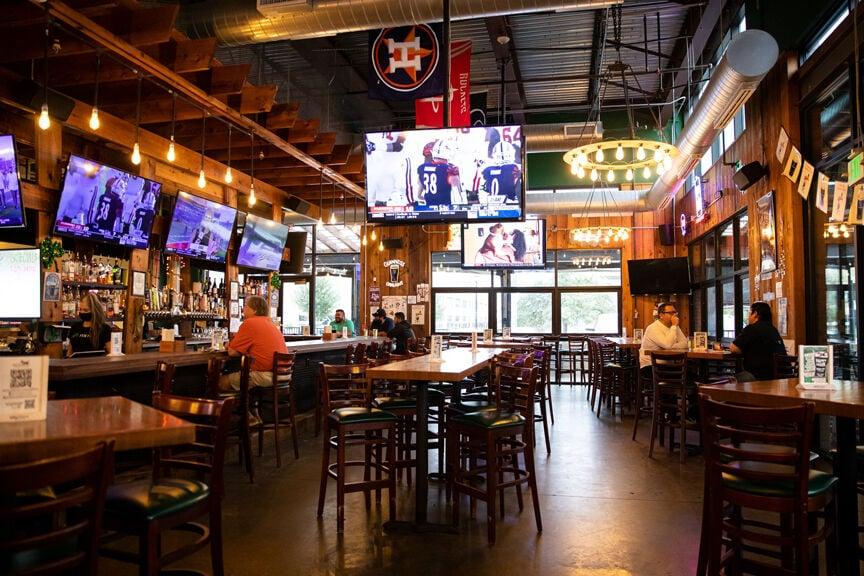 Mo's Irish Pub & Grill