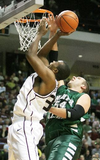 A&M holds off N. Texas, 72-70