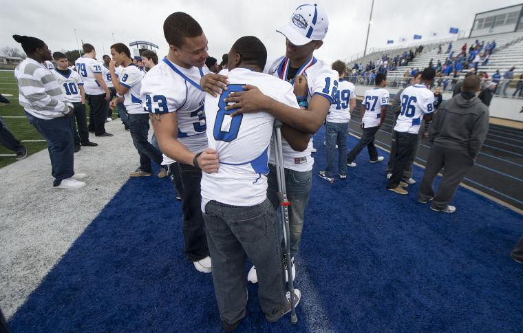 Team Of Navasota >> Navasota celebrates football state championship - The ...