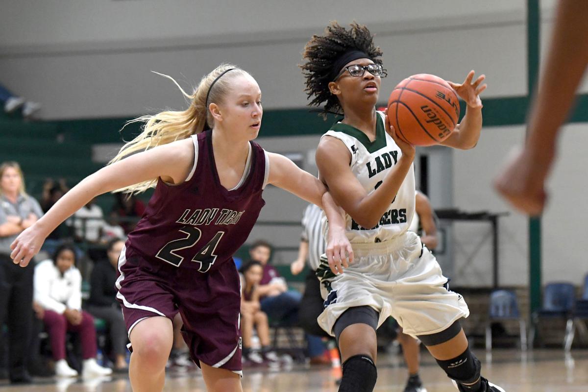 Rudder girls basketball team uses key third-quarter run to beat A&M Consolidated