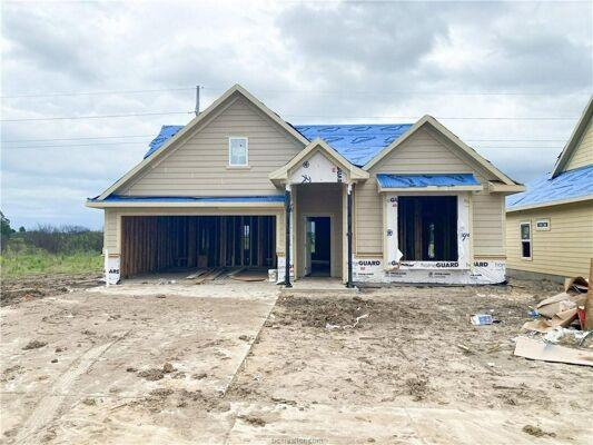 3 Bedroom Home in Bryan - $296,000