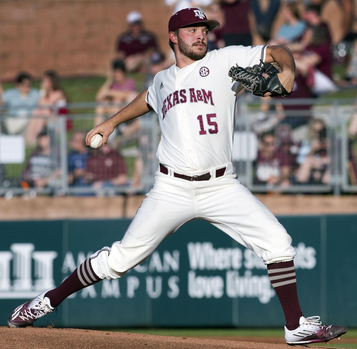Texas A Amp M Baseball Team Drops Opener With No 17 Auburn