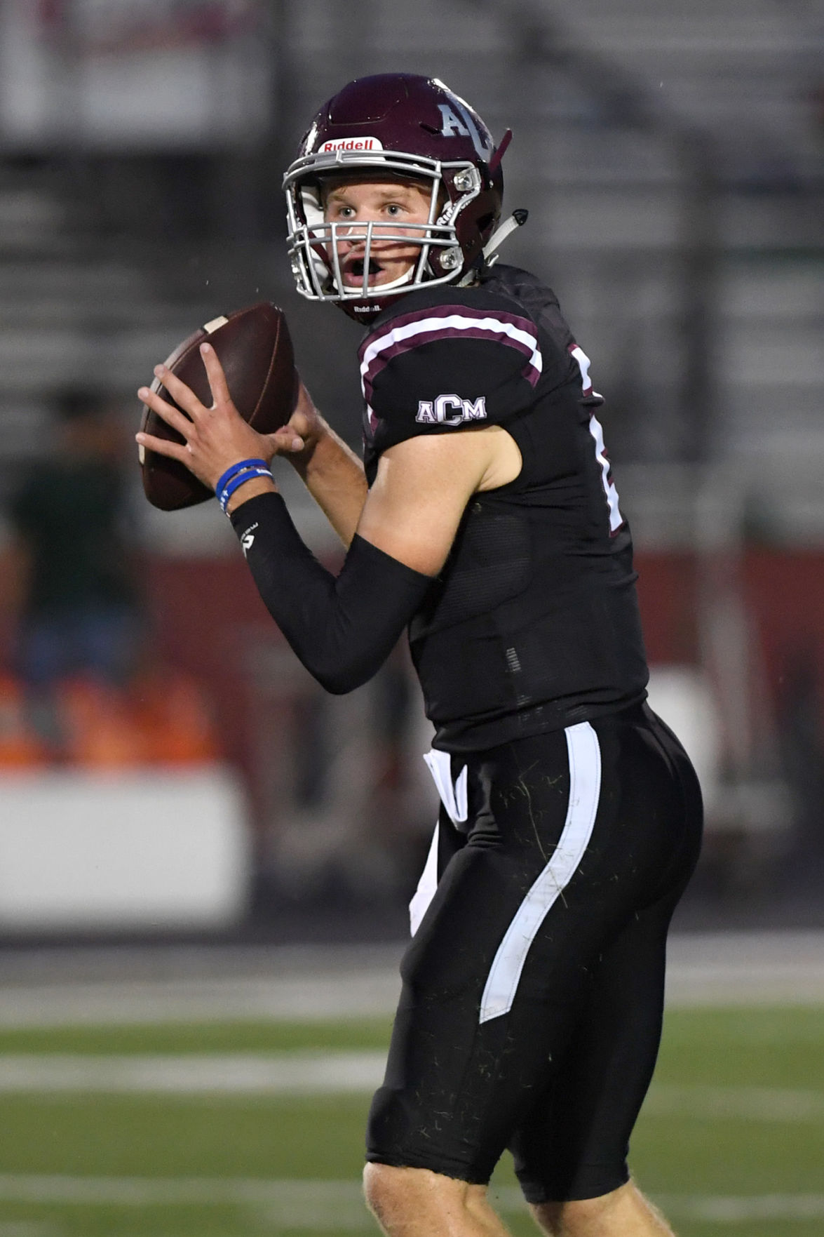 Defense shines for A&M Consolidated in 49-6 victory over