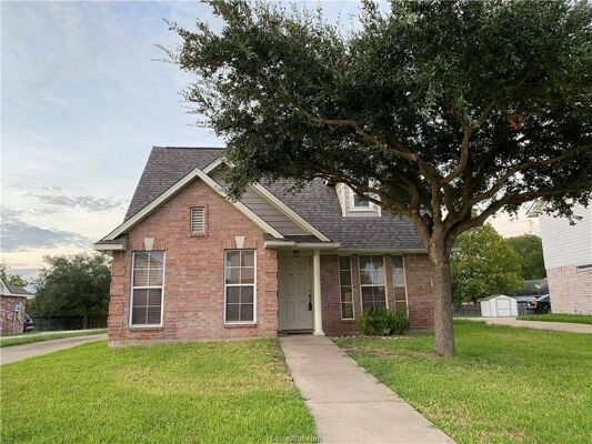 3 Bedroom Home in College Station - $1,500