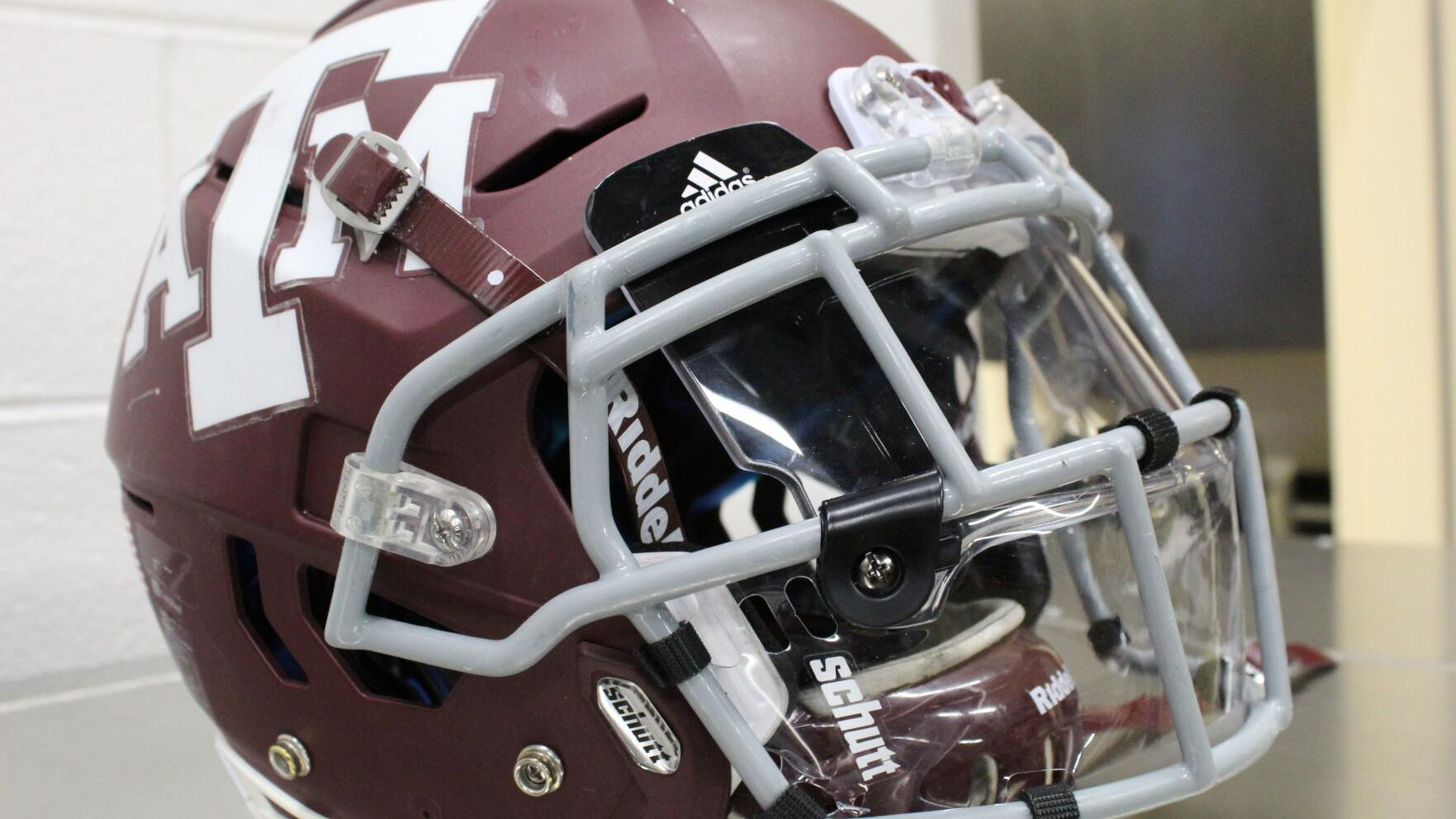 Texas A M Football Team Looking To Add Shields To Facemasks This Season Sports News Theeagle Com