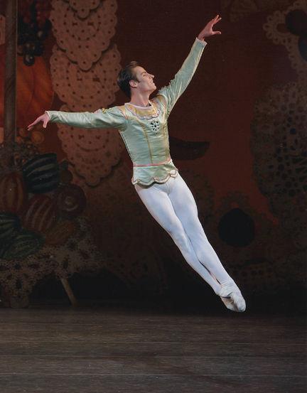 Brazos Ballet performs sixth annual 'Nutcracker' Saturday