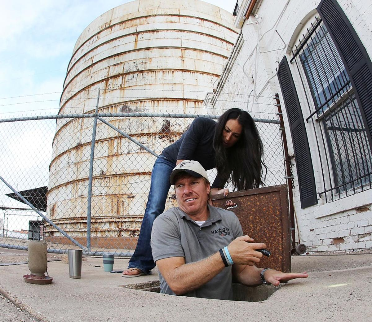 chip and joanna gaines show the culture wars aren 39 t fought in d c but on tv opinion. Black Bedroom Furniture Sets. Home Design Ideas