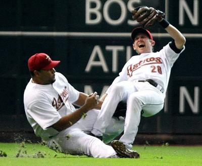 Everett injured as Astros fall to A's
