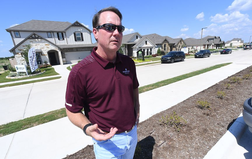 Southern Pointe tract revving up