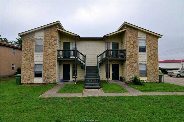 2 Bedroom Home in Bryan - $750
