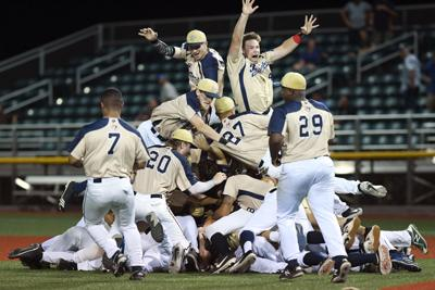 Bombers topple Twins in TCL title game