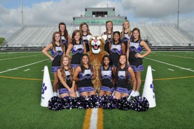College Station High School Cheerleaders For 2013 2014
