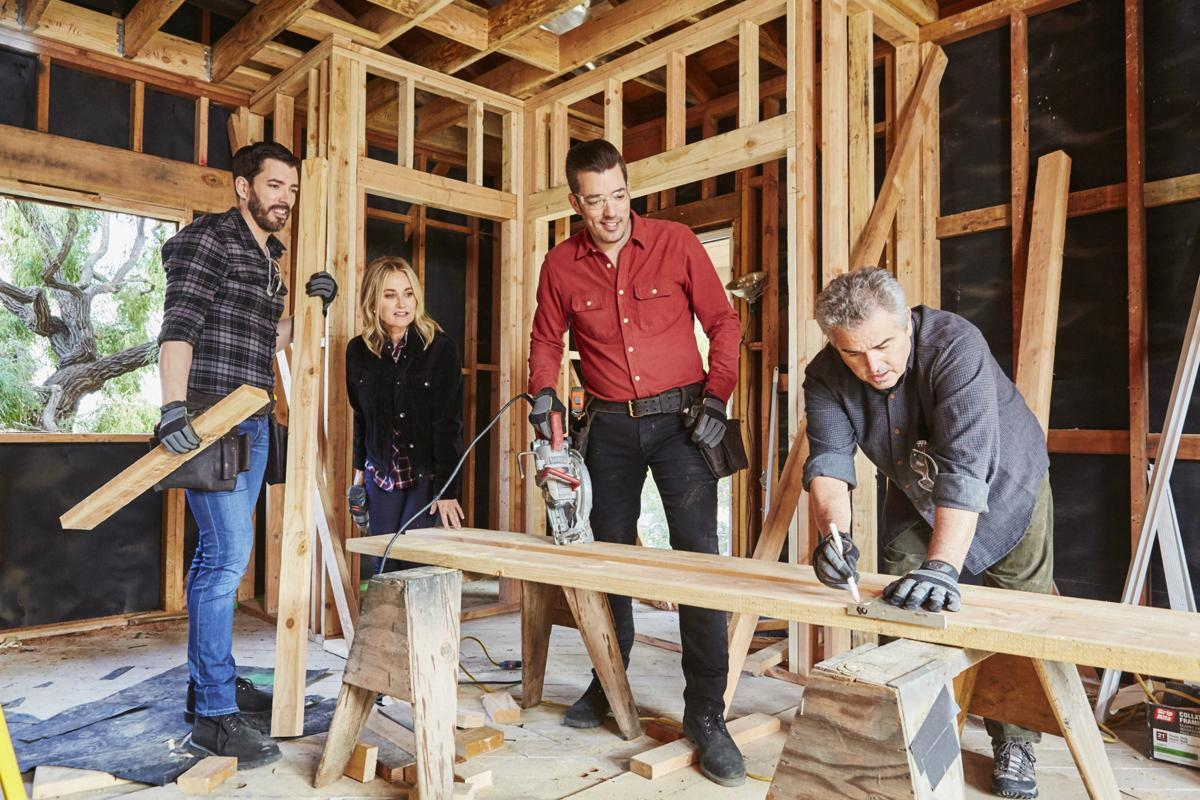 The 'Brady Bunch' kids come home for HGTV's sentimentally extreme makeover