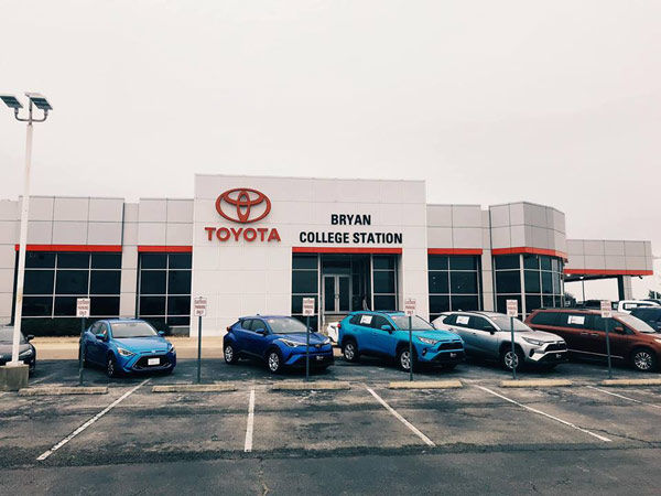 College Station Car Dealerships >> Bcs Toyota Auto Dealer Service Center L Bryan Tx
