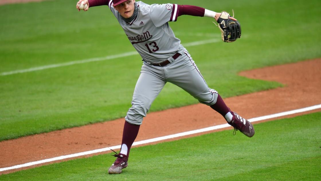 Texas A&M baseball team drops first two games of SEC series at No. 1 Arkansas