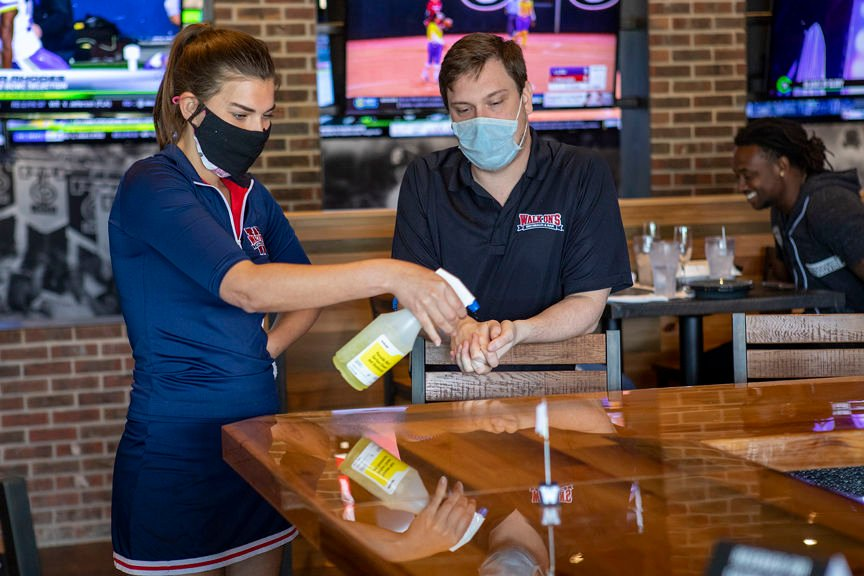 Bryan College Station Restaurants Take Different Approaches To Reopening Dining Rooms Local News Theeagle Com