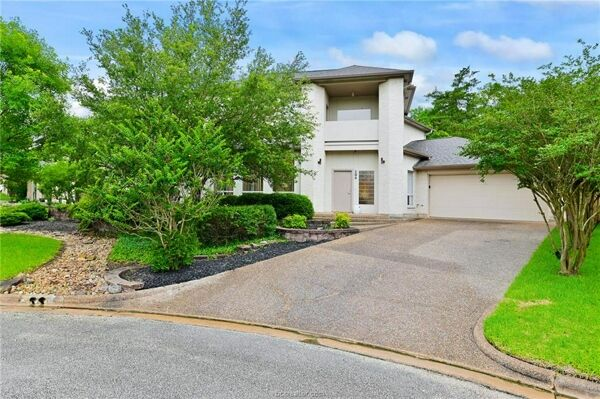 4 Bedroom Home in College Station - $579,900